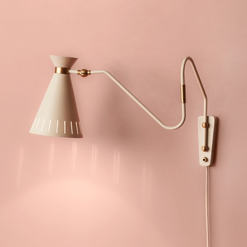 4310000-warmnordic-lighting-cone-walllamp-warmwhite-vnude-696x696.jpg